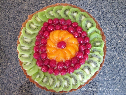 Fresh Fruit Tart With Vanilla Pastry Creme