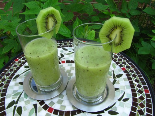 Honeydew-Kiwi Smoothie | My Danish Kitchen