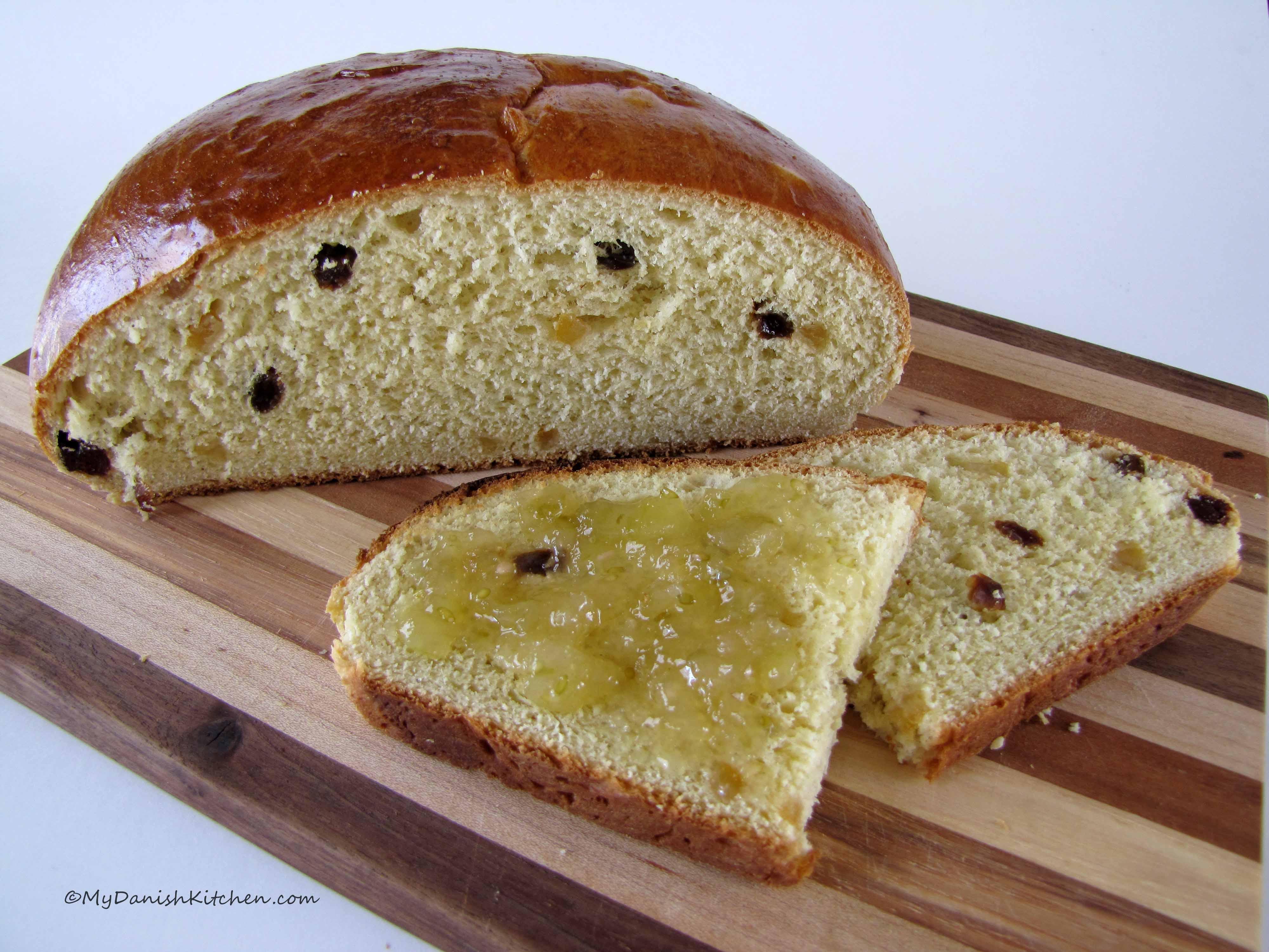 Julekake – Norwegian Christmas Bread | My Danish Kitchen