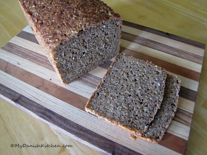 Rugbrd -  Dark Rye Bread