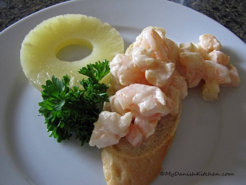 Mona's Rejesalat - Mona's Shrimp Salad