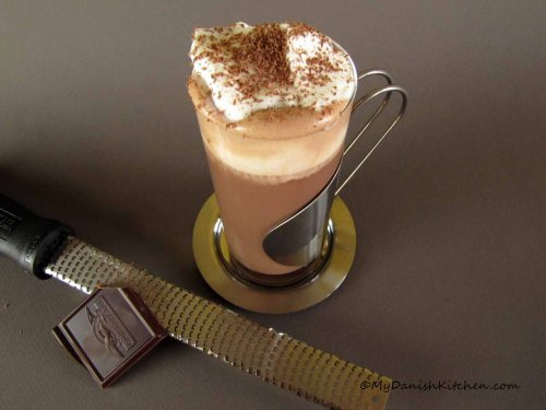 Hot Chocolate With Amaretto